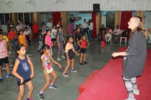 भारत में डांस के हीरो ज्यादा : सोफिया