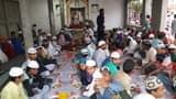 सैयद खुर्द आस्ताना परिसर में इफ्तार का आयोजन