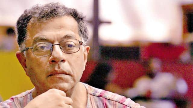 film and theatre personality Girish Karnad. (HT File Photo)