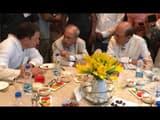पार्टी अध्यक्ष राहुल गांधी की इफ्तार पार्टी में बुधवार को कई विपक्षी नेताओं ने हिस्सा लिया।