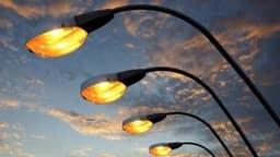 प्रकाश प्रदूषण के खतरे (साभारः Shutterstock)