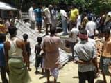 त्रिवेणीगंज के सिमरिया का घटना स्थल और शोकाकुल मृतकों के परिजन