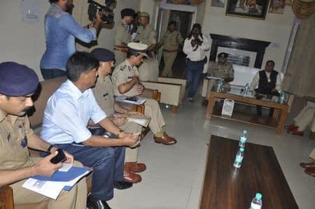 डीजीपी ने किया धन सिंह कोतवाल की प्रतिमा का अनावरण