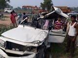 ट्रक में घुसी बुलेरो, आपरेटर समेत दो की मौत