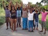नलकूप बंद रहने से नाराज किसानों ने किया हंगामा