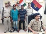 पुलिस की गिरफ्त में खड़े हत्या के दो आरोपी