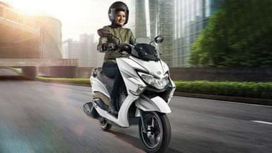 Suzuki Burgman Street 125 Scooter Launch in india
