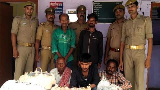 बेकनगंज पुलिस द्वारा पकड़े गए शातिर व्यापारी