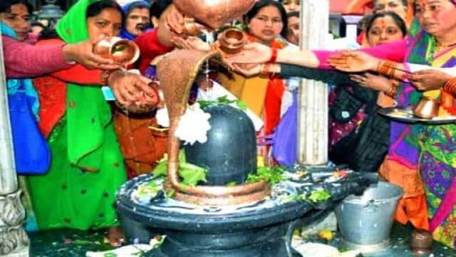 Sawan 2019: खास है ये सावन माह, इस तरह करें भगवान शिव की पूजा
