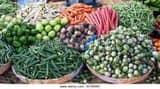 बारिश का असर: चढ़ गए सब्जियों के दाम