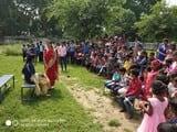 छात्राओं ने बीवी नाटक का मंचन किया