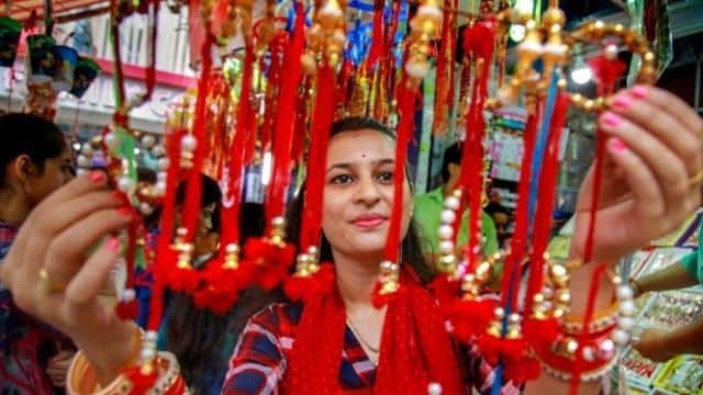 shops is ready in country with different kind of rakhis