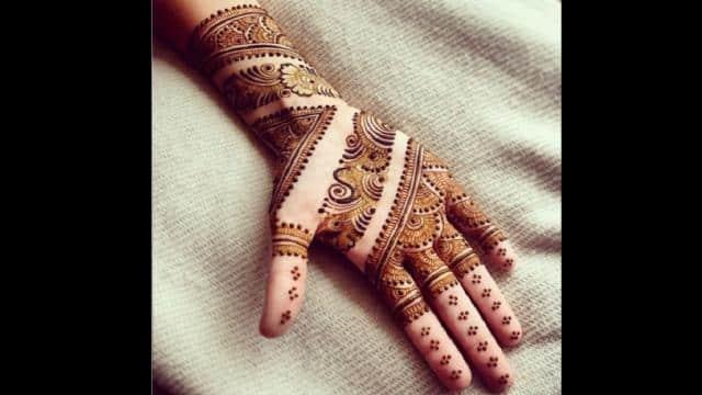 मेहंदी डिजाइन (साभारः गूगल)