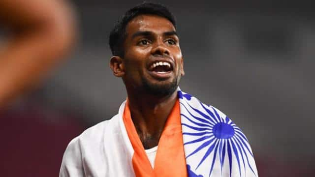 Dharun Ayyasamy wins silver for india