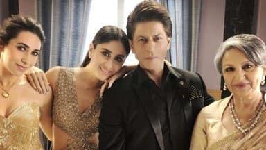 Shah Rukh Khan with stunning ladies Kareena Kapoor, Karisma Kapoor and Sharmila Tagore