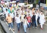 श्रीनगर में पानी के बिलों के विरोध में सड़कों पर उतरे लोग