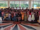 टीचर्स डे पर बच्चों के साथ सेंट फ्रांसिस स्कूल के शिक्षक
