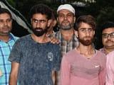 दिल्ली पुलिस के स्पेशल सेल की गिरफ्त में आए आईएसजेके के संदिग्ध आतंकी परवेज और जमशेद