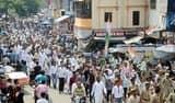 भारत बंद बेअसर रहा, कांग्रेसियों ने किया प्रदर्शन