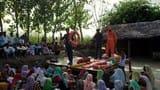 बाढ़ व कटान पीड़ितों के पास पहुंची एनडीआरएफ की टीम