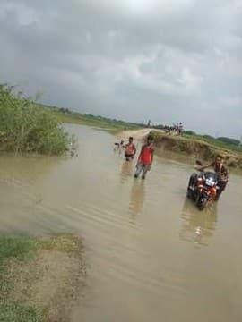 बकरा में उफान, निचले इलाकों में फैला पानी