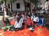लेखपालों की मनमानी से ग्रामीणों ने दिया तहसील में धरना