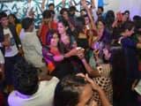 काशी विद्यापीठ: फ्रेशर्स पार्टी में छात्र-छात्राओं का धमाल