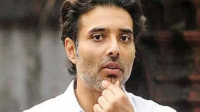उदय चोपड़ा ने की गांजा को लीगल करने की मांग, मुंबई पुलिस ने दिया करारा जवाब
