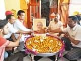 भाजपा कार्यकर्ताओं ने धूमधाम से मनाया पीएम का जन्मदिवस
