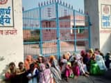 पलवल में छात्राओं से छेड़खानी के विरोध में स्कूल में जड़ा ताला