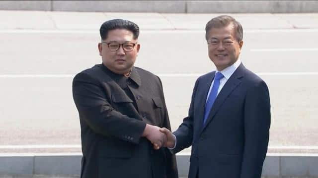 South Korea President Moon Jae with North korea dictator Kim Jong Un (Reuters Pic)