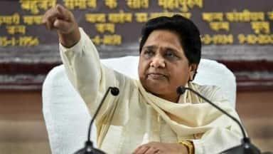 कांग्रेस को माया का झटका: MP में अकेले चुनाव लड़ने का एलान, छत्तीसगढ़ में जोगी से गठबंधन