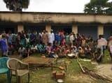 14 आदिवासी परिवार के घर पर चला बुलडोजर