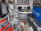दुकान के ताले तोड़कर मोबाइल और नगदी चोरी