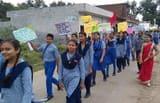तिलहर में छात्रों ने निकाली स्वच्छता जागरूकता रैली