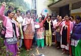 पदमपुरी में आशा वर्करों ने मुख्यमंत्री का फूंका पुतला