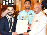Virat Kohli Recieves Khel Ratn Award from President Ramnath Kovind