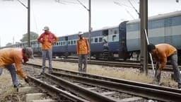RRB Group D : IIT Bombay से BTech MTech युवक ने ज्वॉइन की रेलवे ग्रुप डी की नौकरी