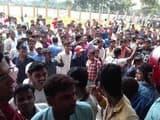 सीतामढ़ी में परीक्षा में देरी होने पर पॉलिटेक्निक कॉलेज में छात्रों ने की तोड़फोड़