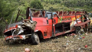 Bus crash in western Kenya kills 51 passengers