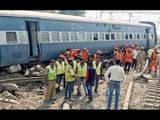 9 dead and more than 50 injured after Delhi-bound express