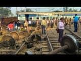 New farakka express derailed