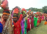 शारदीय नवरात्र शुरू, आराधना को उमड़े श्रद्धालु