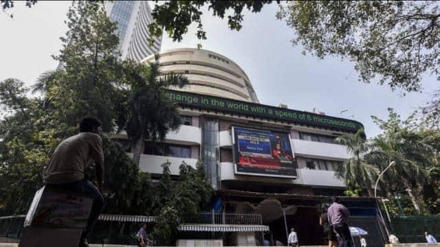गणतंत्र दिवस के मौके पर शेयर बाजार, मुद्रा बाजार और सर्राफा बाजार रहेंगे बंद