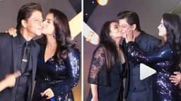 कुछ कुछ होता है@20: काजोल-रानी ने किया KISS तो ऐसा था शाहरुख का रिएक्शन, देखें VIDEO
