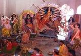 मंदिरों के कपाट खुलते ही दर्शन के लिए उमड़े श्रद्धालु