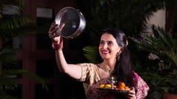 Karva Chauth 2018: सालों बाद व्रती महिलाओं को मिलेगा विशेष फल, जानें अर्घ्य देने का शुभ मुहूर्त