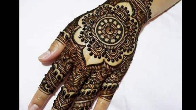 Trending Mehndi Designs 50 Latest Henna Tattoo Ideas For 2018: Karva Chauth 2018 See Here Beautiful Trending Latest Back