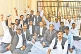छठवें दिन भी वकीलों का धरना