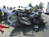 बोकारो के रजरप्पा मोड़ के पास कार व बस की टक्कर में महिला की मौत